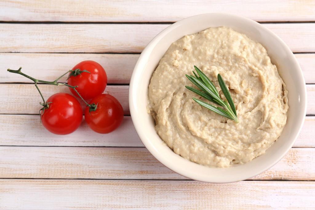 Basis Hummus